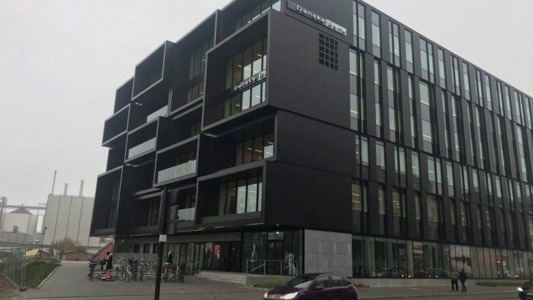 PRESSEMEDDELELSE Se det nye Aarhus gennem 13 store facadevinduer e1573300654455