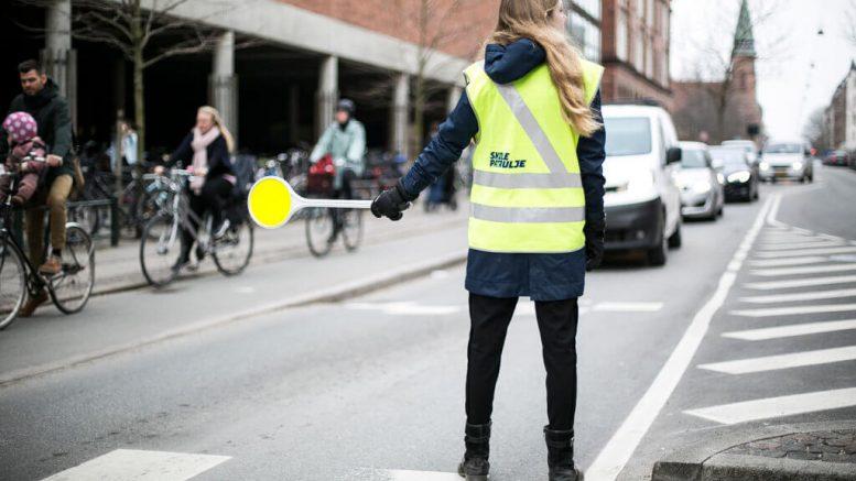 PRESSEMEDDELELSE Skolepatruljer faar bilister til at saette farten ned