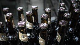 PRESSEMEDDELELSE Svaneke Bryghus bliver Danmarks foerste CO2 neutrale bryggeri