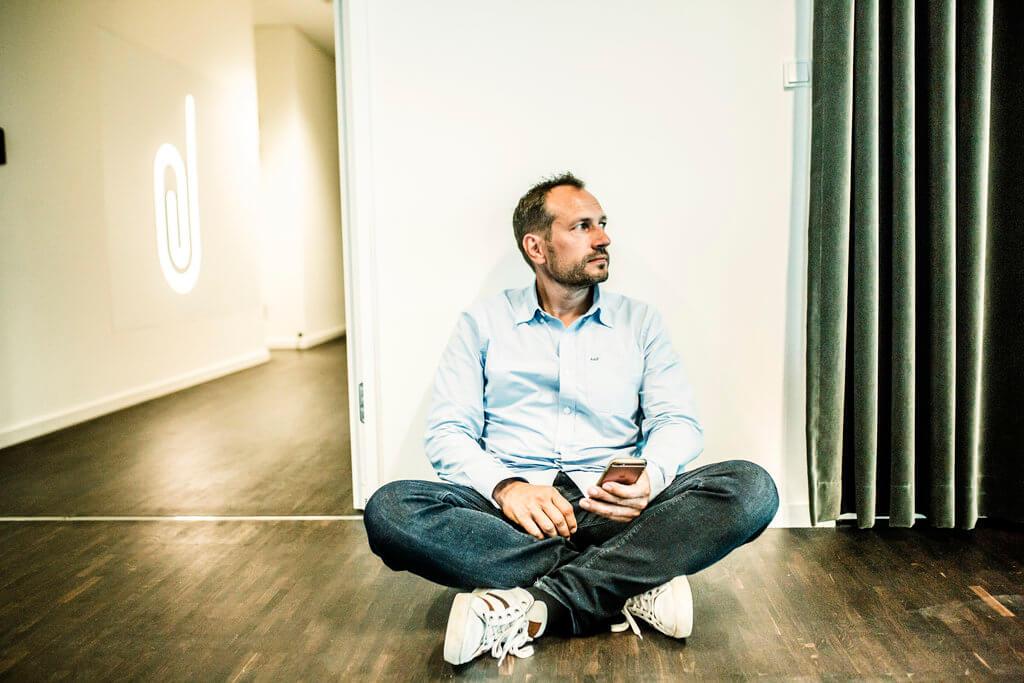 PRESSEMEDDELELSE De smaa danske virksomheder har mistet en fjerdedel af omsaetningen siden 11 marts