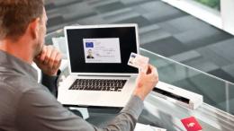 PRESSEMEDDELELSE Kompakte scannere man kan have med i lommen eller tasken