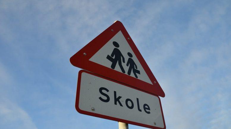 PRESSEMEDDELELSE 19000 gange er der koert for staerkt ved danske skoler i aar