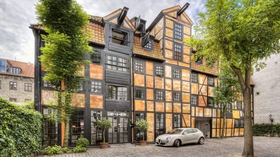 PRESSEMEDDELELSE Vision Properties i stor koebenhavnsk ejendomshandel